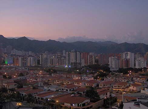 800px-valencia_venezuela_skyline-1.jpg